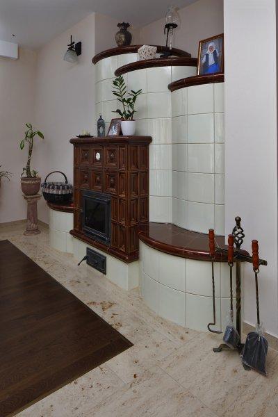Mészkő padlóburkolat - nappali ötlet, klasszikus stílusban