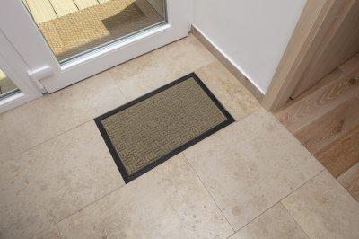 Mészkő padlólap - előszoba ötlet, modern stílusban