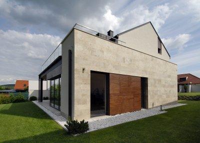 Mészkővel burkolt homlokzat - homlokzat ötlet, modern stílusban