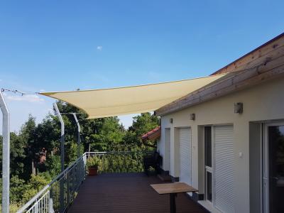 Terasz napvitorlával - erkély / terasz ötlet, modern stílusban