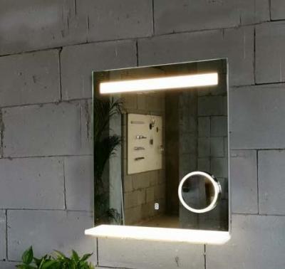 LED-es okostükör - fürdő / WC ötlet, modern stílusban