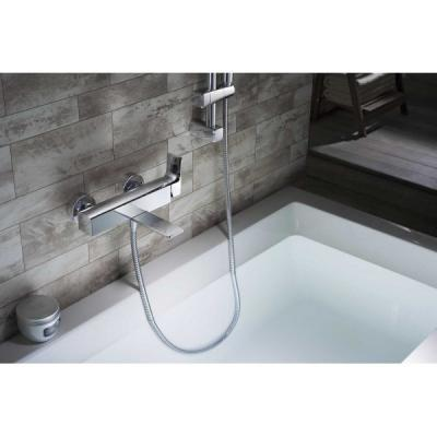 Egykaros kád csaptelep zuhannyal - fürdő / WC ötlet, modern stílusban