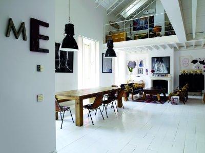 Falikapcsolók - nappali ötlet, rusztikus stílusban