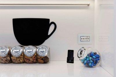 Konnektor üveg keretben - konyha / étkező ötlet, modern stílusban