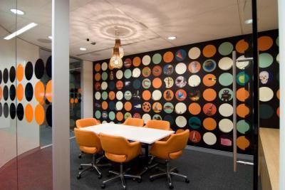 Színes,mintás fal19 - konyha / étkező ötlet, modern stílusban