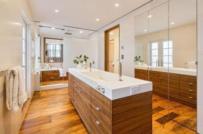 Loft NYC-ben - fürdő / WC ötlet, modern stílusban