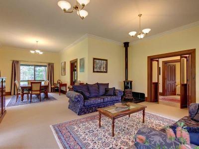 Kandallós házak69 - nappali ötlet, modern stílusban