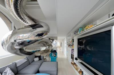 Futurisztikus hangulat - nappali ötlet, modern stílusban