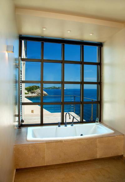 Mintha a tengerben fürdőznél - fürdő / WC ötlet, mediterrán stílusban