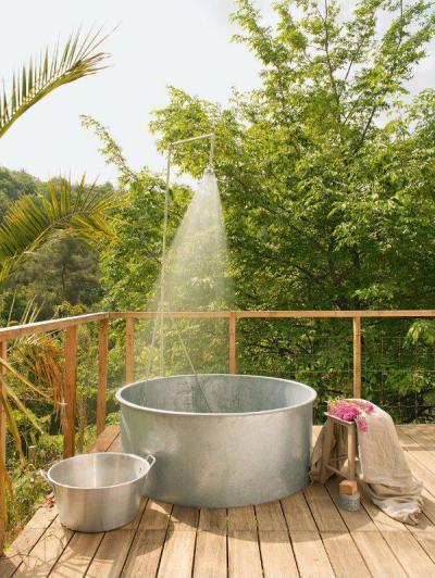 Kerti zuhany - kert / udvar ötlet, modern stílusban