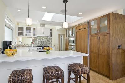 Fehér konyha - konyha / étkező ötlet, modern stílusban