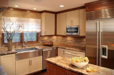 Barna árnyalatok a konyhában - konyha / étkező ötlet, klasszikus stílusban