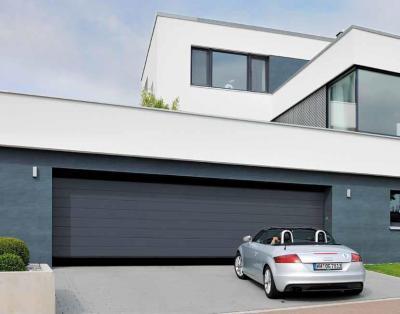 Extra széles modern szekcionált garázskapu - garázs ötlet, modern stílusban