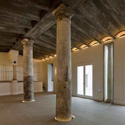 Főzőiskola az egykori vágóhídon - bejárat ötlet, klasszikus stílusban