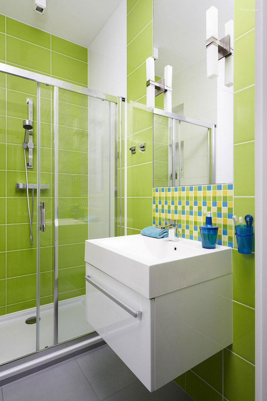 Friss, tavaszi, zöld fürdőszoba // HOMEINFO.hu - Inspirációtár