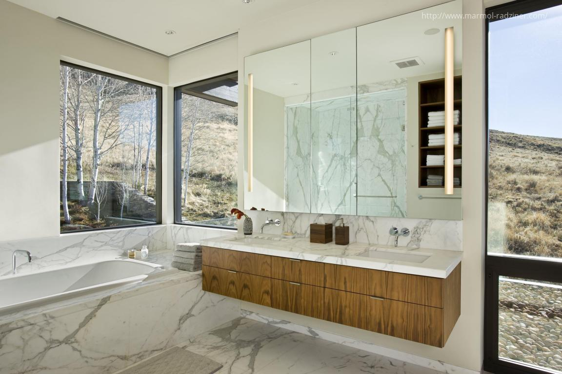 Ablakos fürdőszoba // HOMEINFO.hu - Inspirációtár