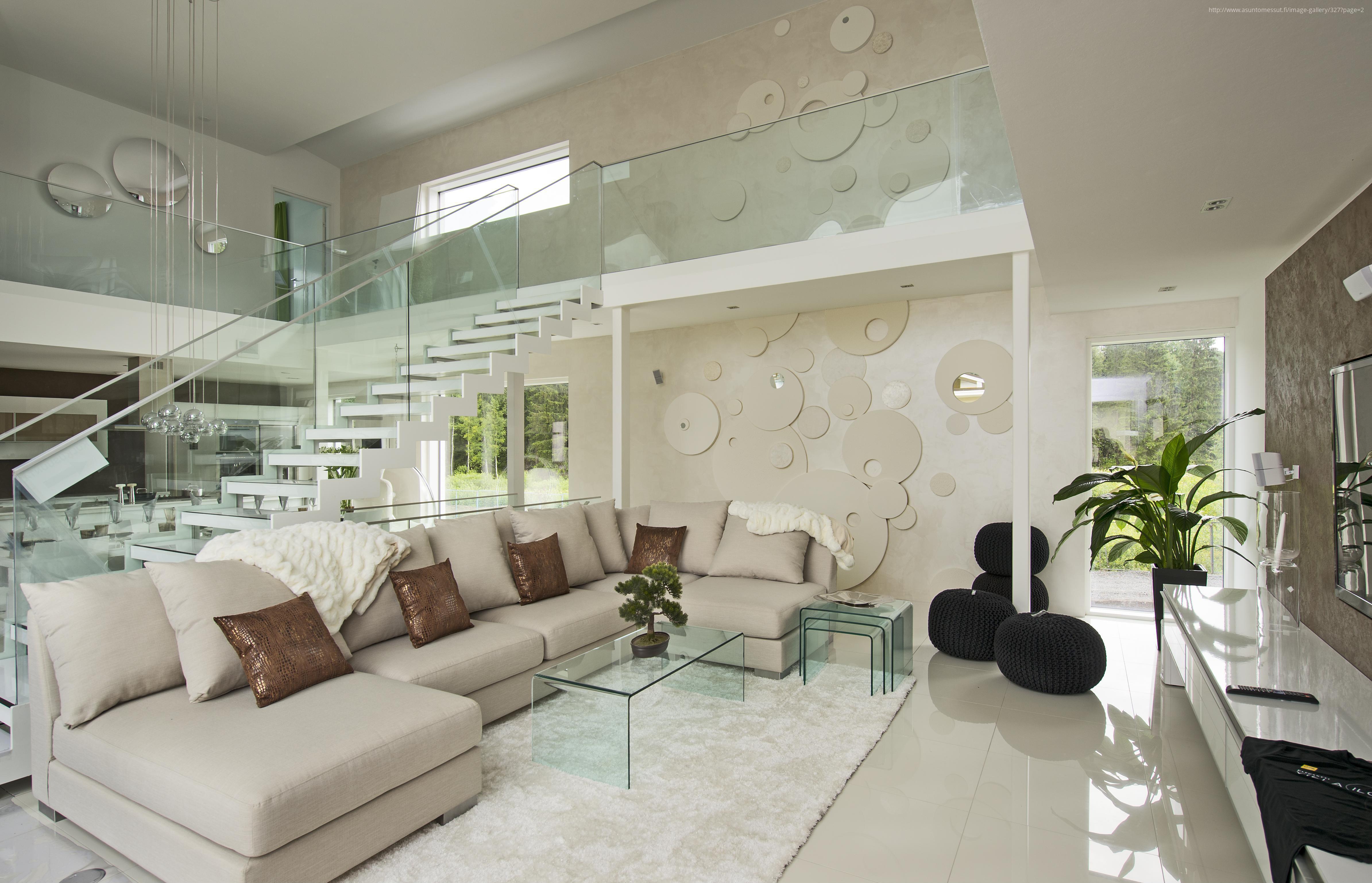 Nőies bézs nappali üvegasztallal // HOMEINFO.hu - Inspirációtár