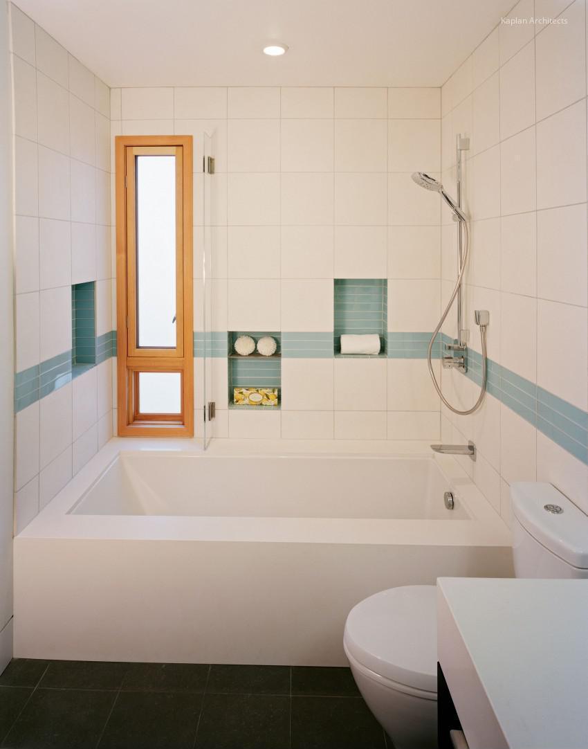 Fehér kék csempe a fürdőben // HOMEINFO.hu - Inspirációtár