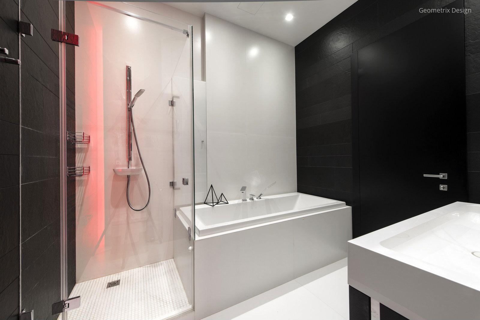 Fekete fehér fürdőszoba // HOMEINFO.hu - Inspirációtár