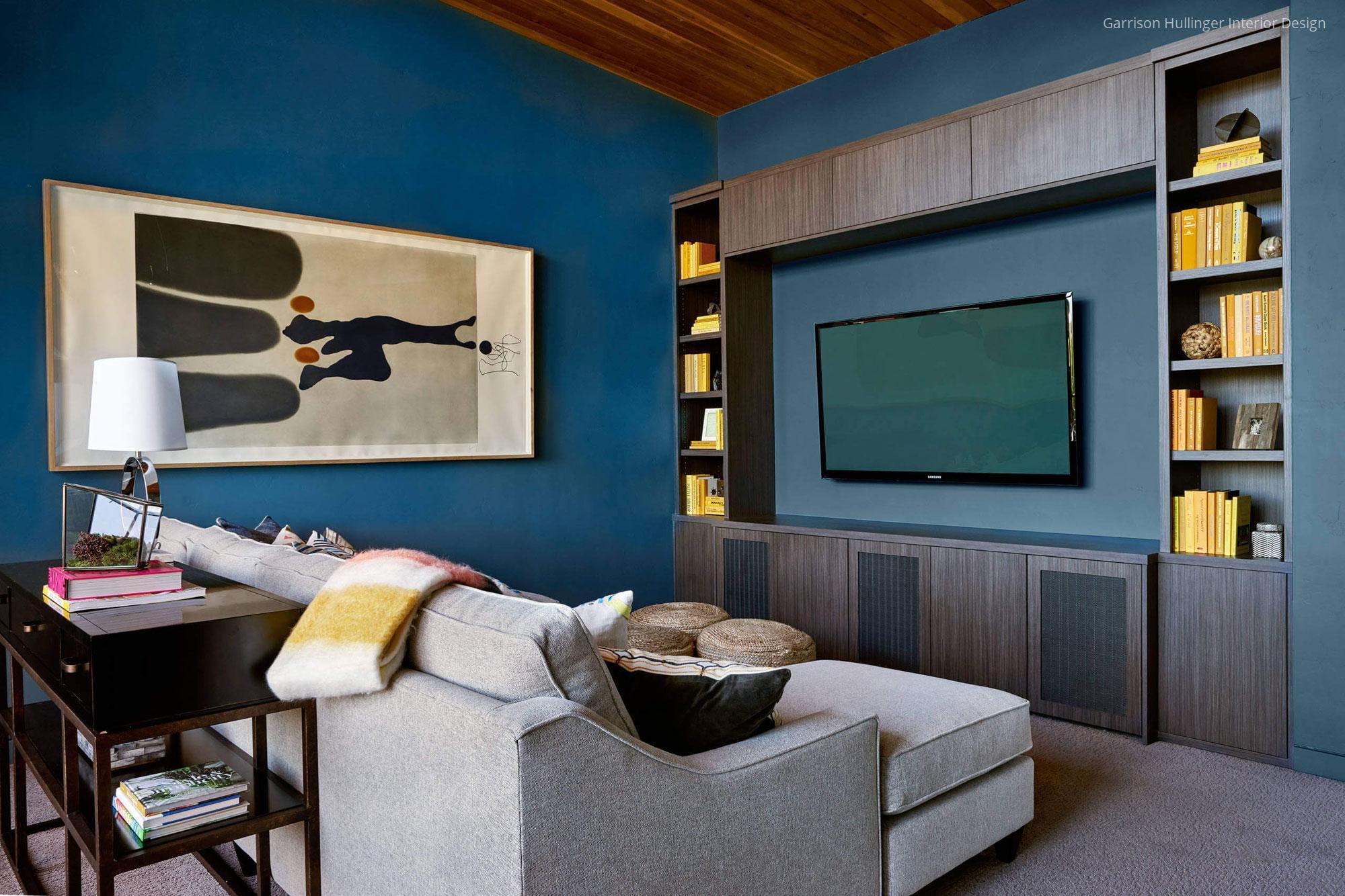 Kék fal a nappaliban // HOMEINFO.hu - Inspirációtár
