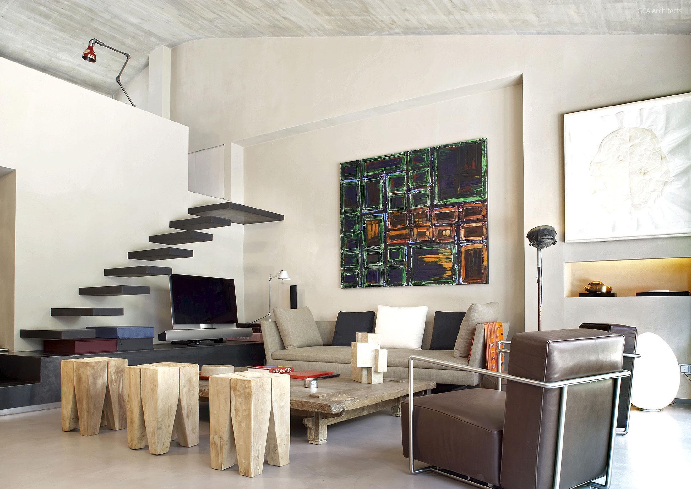Lebegő lépcső a nappaliban // HOMEINFO.hu - Inspirációtár