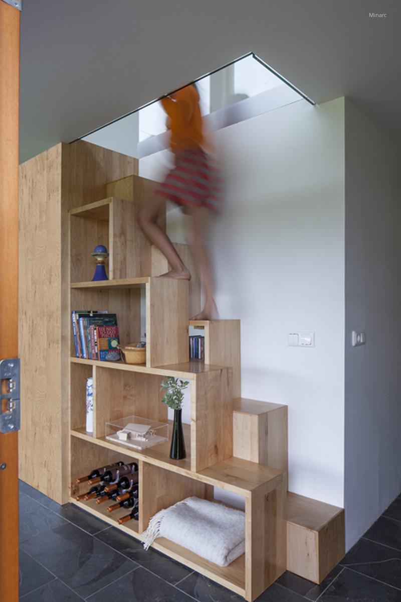 Polc és lépcső egyben // HOMEINFO.hu - Inspirációtár