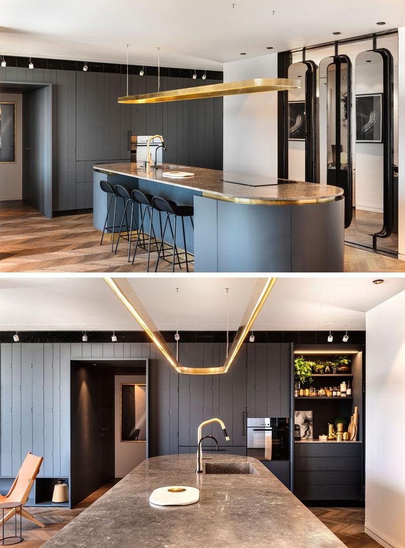 Elbűvölő luxus érzés: metálkék és fekete a lakásban full_3