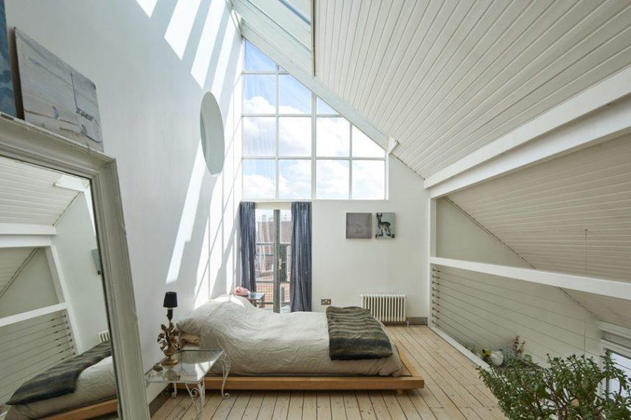 Tetőtéri kis lakás lenyűgöző terasszal full_0