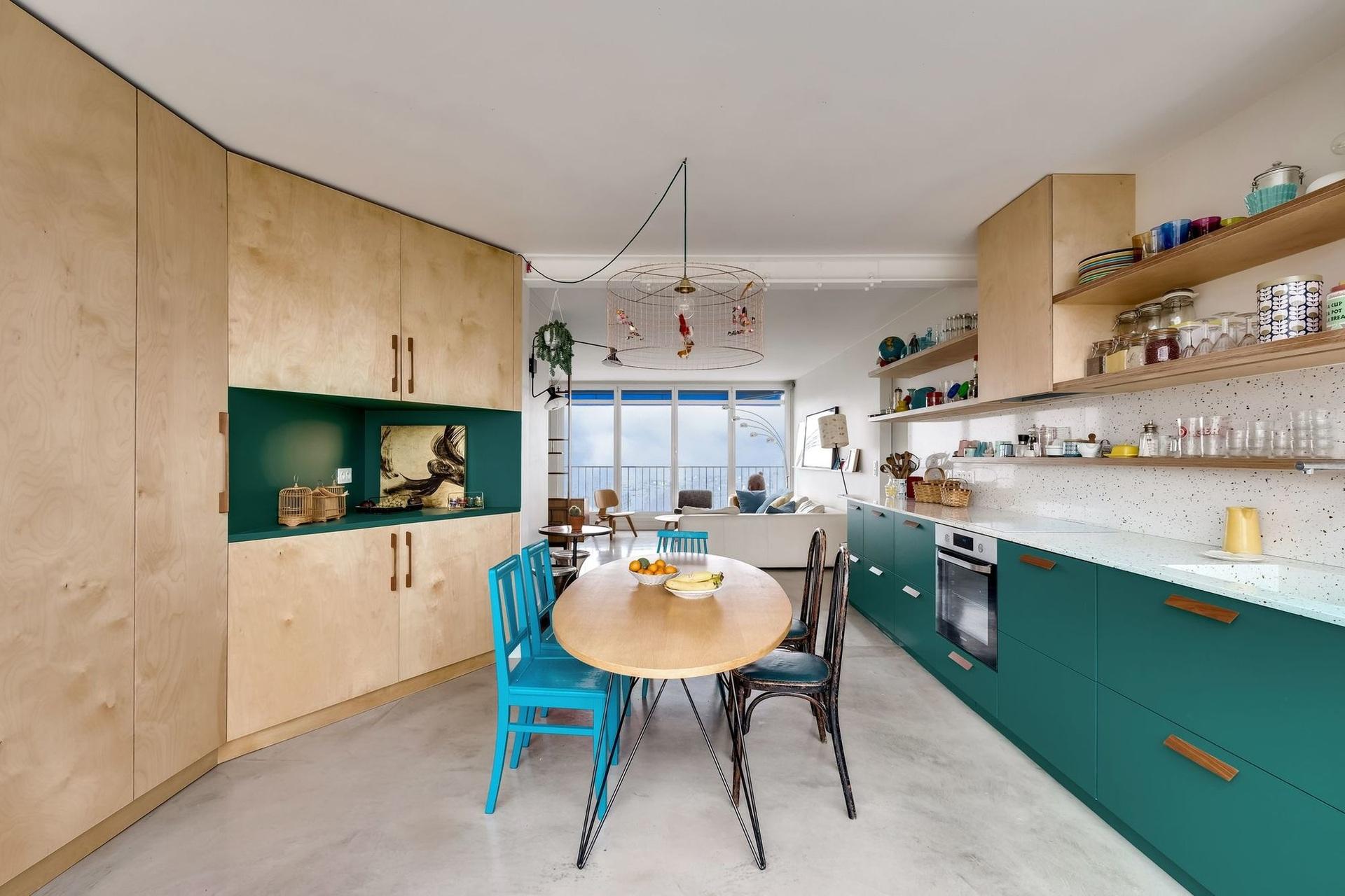 Különleges párizsi lakás télikerttel full_2